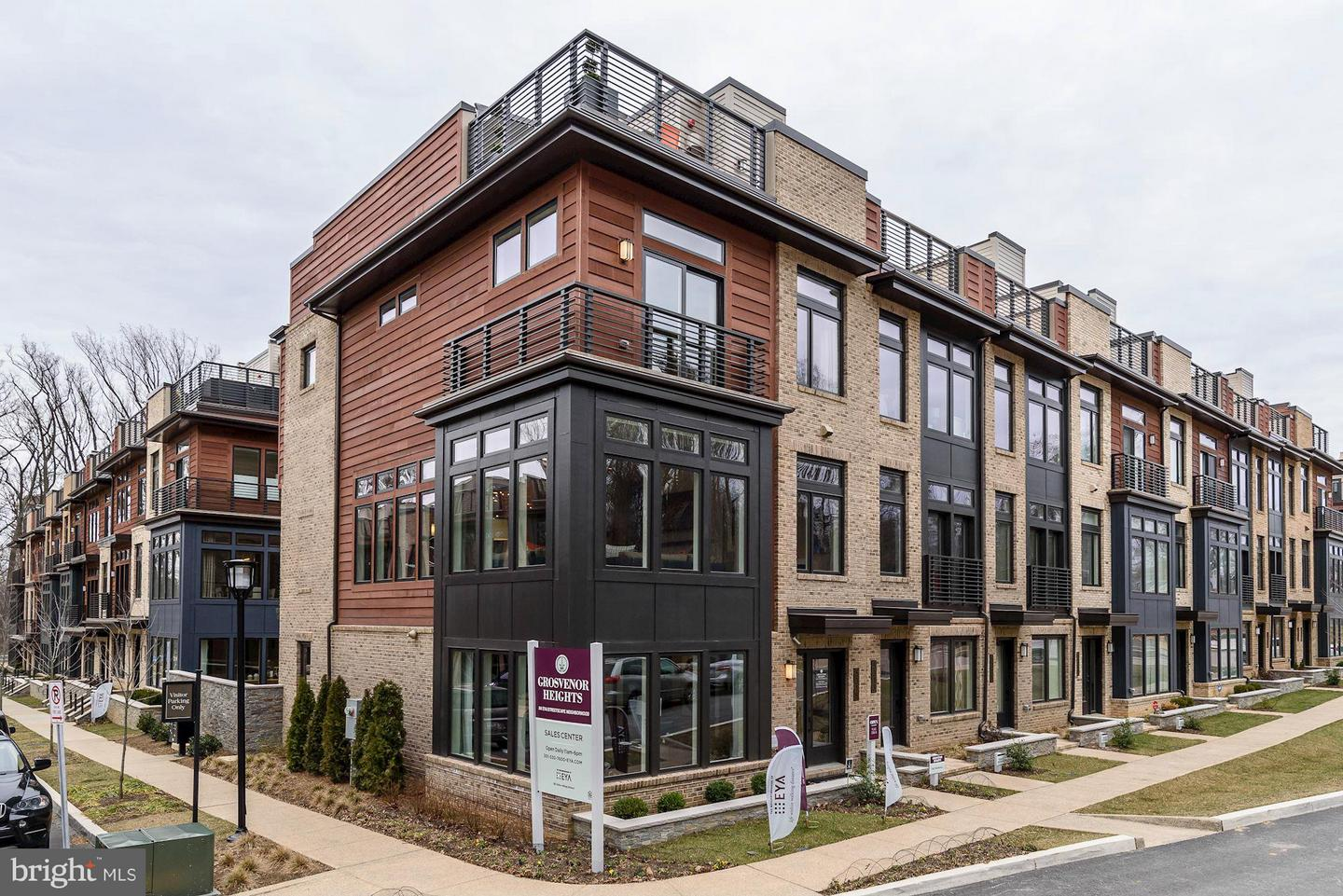 Single Family for Sale at 151 Winsome Cir #marshall Bethesda, Maryland 20814 United States