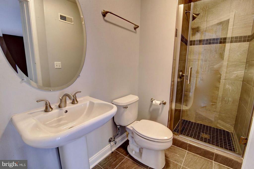 Full Bath on lower level - 12070 KINSLEY PL, RESTON