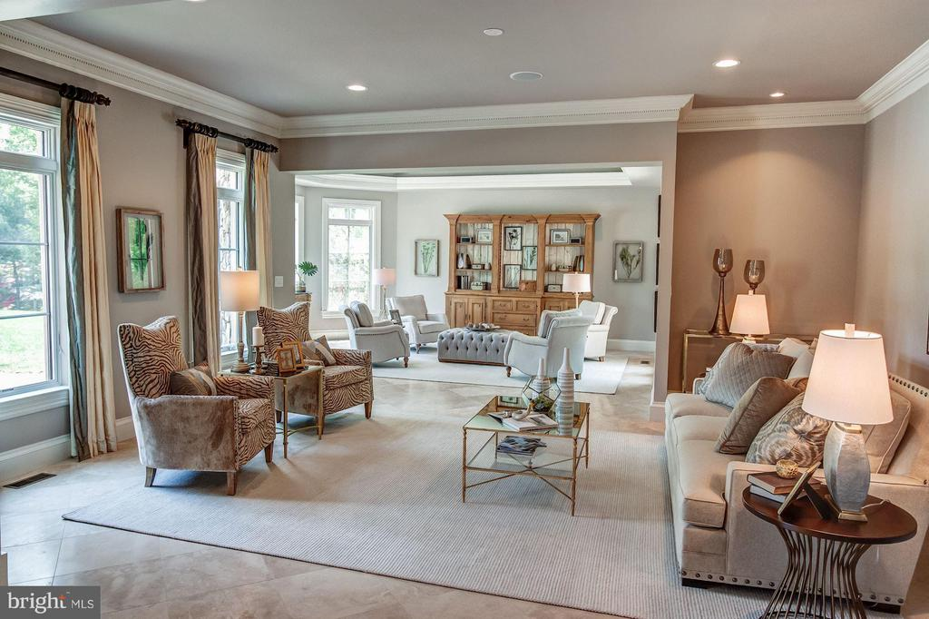 Formal Living & Drawing Room - 952 TOWLSTON RD, MCLEAN