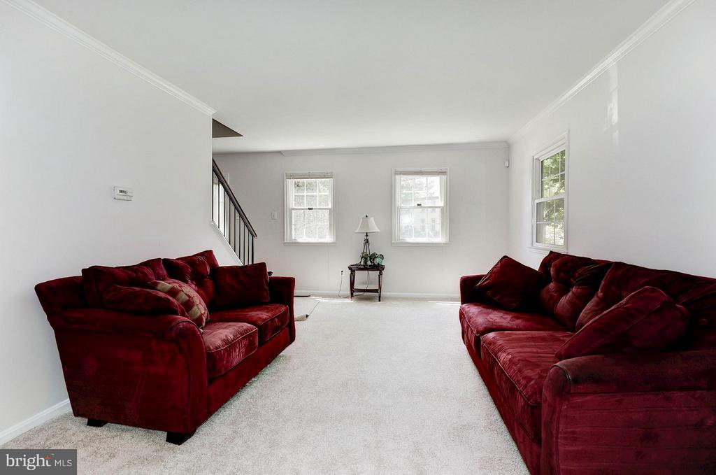 Living Room - 5308 MARINERS MILL CT, ALEXANDRIA