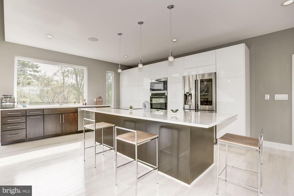 Kitchen - 40889 STUMPTOWN RD, WATERFORD
