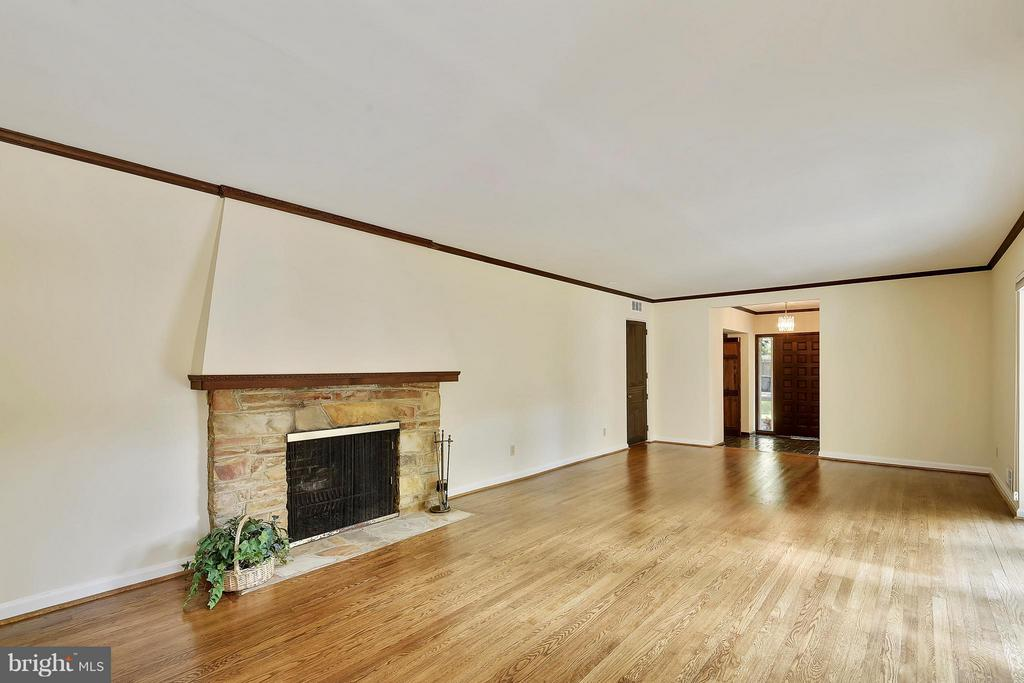 Living Room with beautiful stone fireplace - 5158 PIEDMONT PL, ANNANDALE