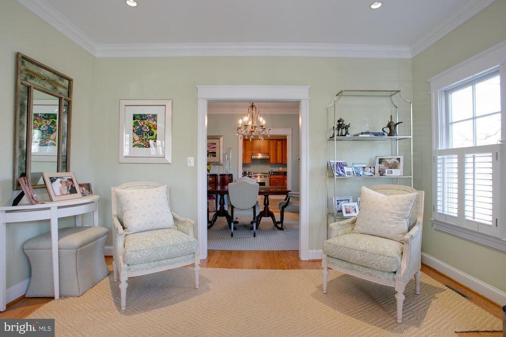 Living Room - 606 HUDSON ST N, ARLINGTON