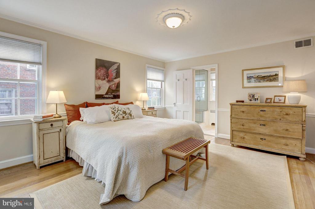 Bedroom (Master) - 3328 RUNNYMEDE PL NW, WASHINGTON