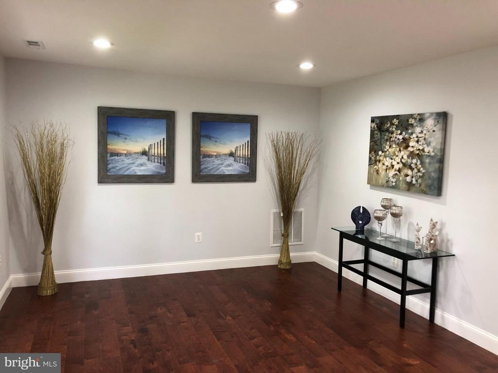 Living Room - 1410 CALIFORNIA ST, WOODBRIDGE