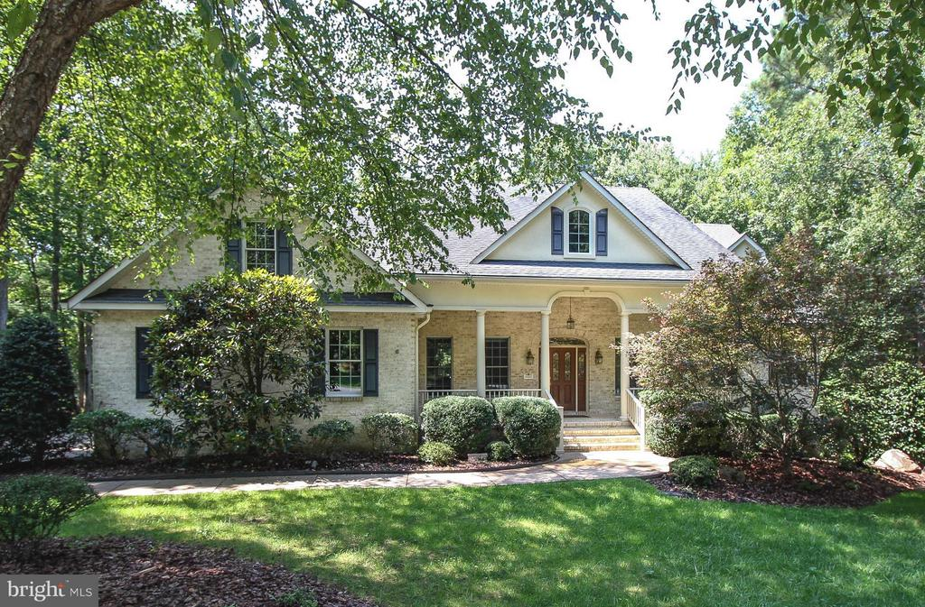 Beautiful Custom Home in~Quiet Cove Setting - 11510 HENEGAN PL, SPOTSYLVANIA