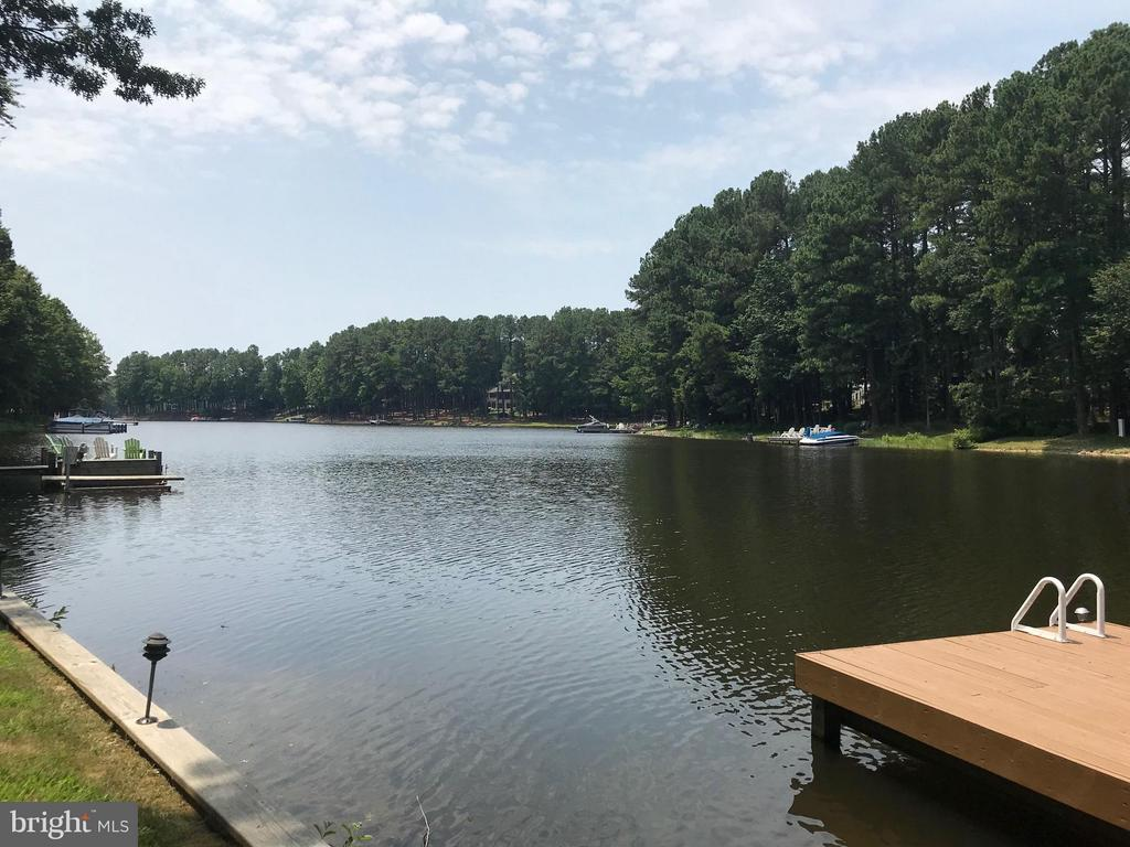 Gorgeous Lake Views Surround! - 11510 HENEGAN PL, SPOTSYLVANIA