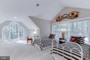 Spacious, light filled, loft bedroom. - 11102 DEVEREUX STATION LN, FAIRFAX STATION