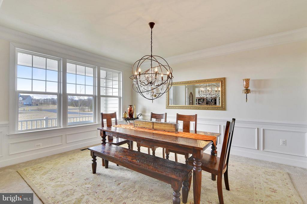 Beautiful Light Filled Dining Room - 15652 BERKHAMSTEAD PL, LEESBURG