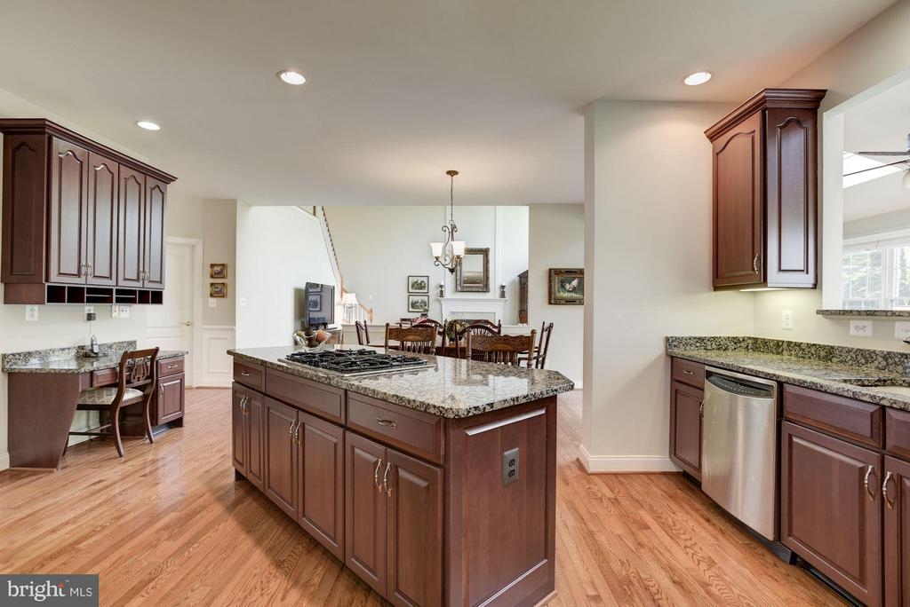 Kitchen - 20234 KENTUCKY OAKS CT, ASHBURN