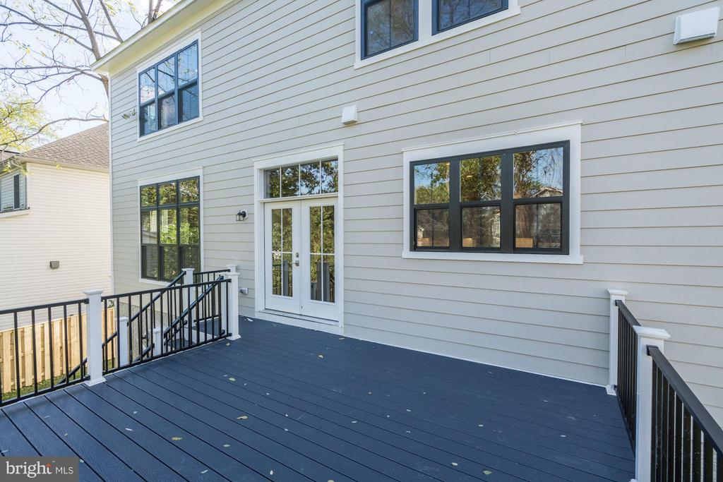 Rear Deck - 4019 20TH ST N, ARLINGTON