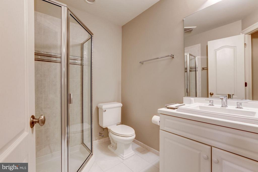 Full Bath, Lower Level - 5005 CEDAR CROFT DR, BETHESDA