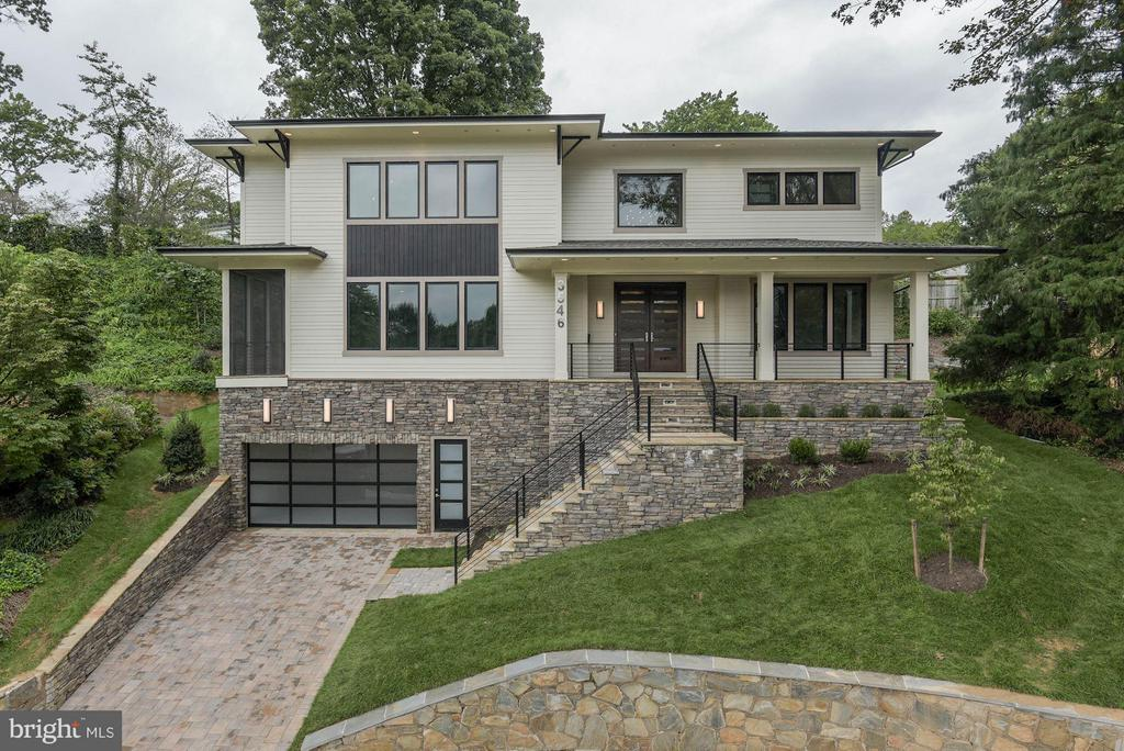 Contemporary Home on Cul de Sac Welcome Home - 3546 UTAH ST N, ARLINGTON
