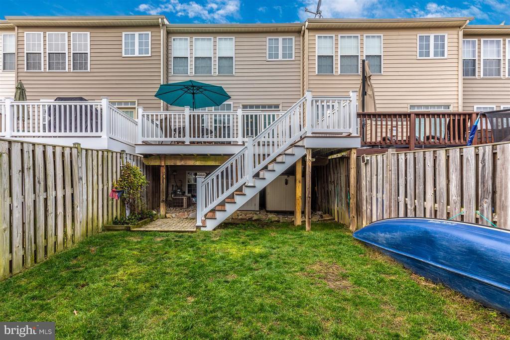 Deck & Fenced Backyard - 5777 MUSSETTER CT, NEW MARKET