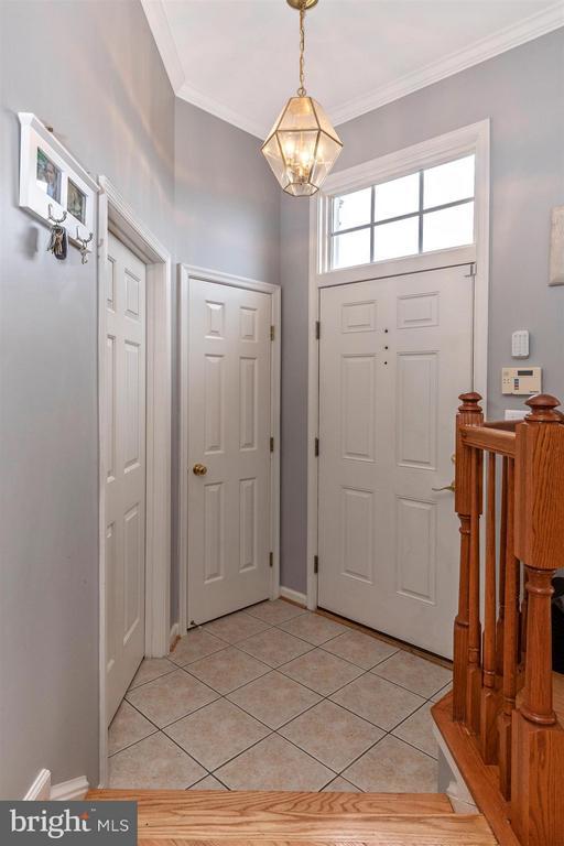 Foyer - 5777 MUSSETTER CT, NEW MARKET