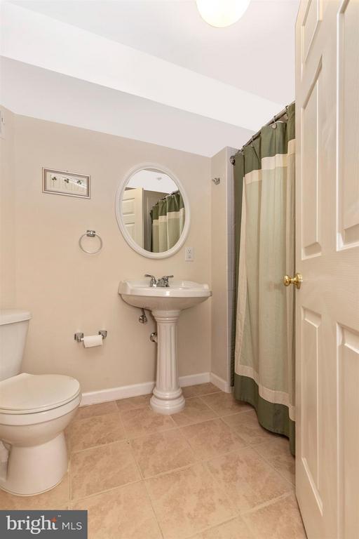 Basement-Full Bathroom - 5777 MUSSETTER CT, NEW MARKET