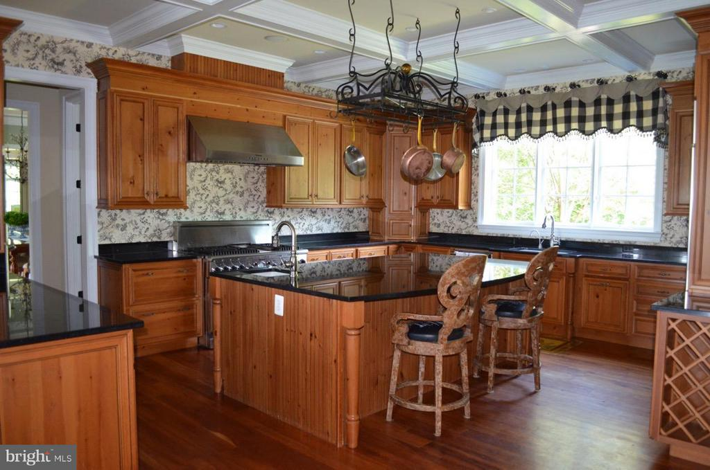 Kitchen - 21051 ST LOUIS RD, MIDDLEBURG