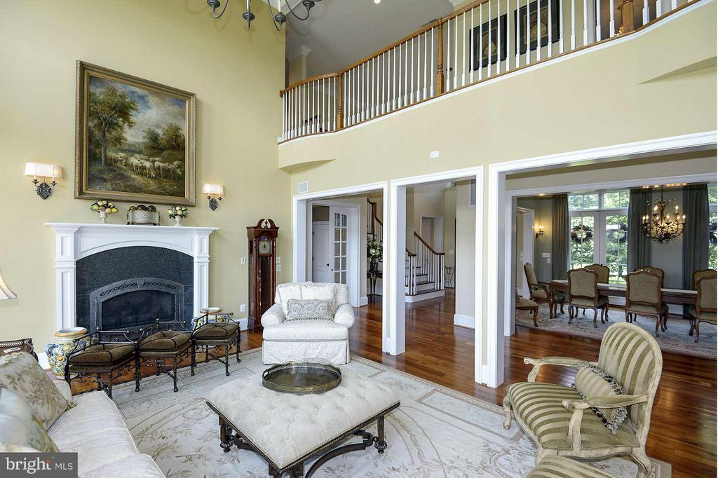 Living Room - 21051 ST LOUIS RD, MIDDLEBURG