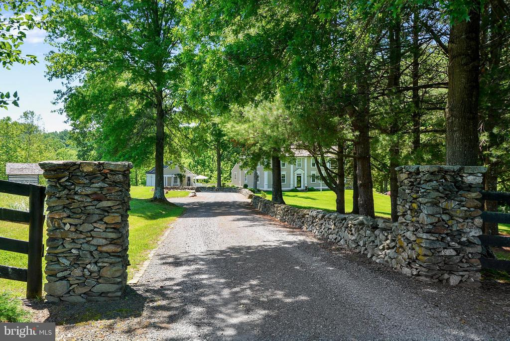 Driveway - 35571 MILLVILLE RD, MIDDLEBURG