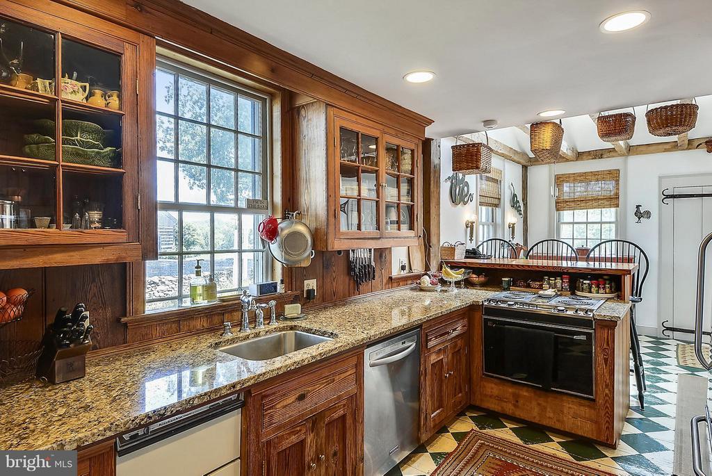 Kitchen - 35571 MILLVILLE RD, MIDDLEBURG