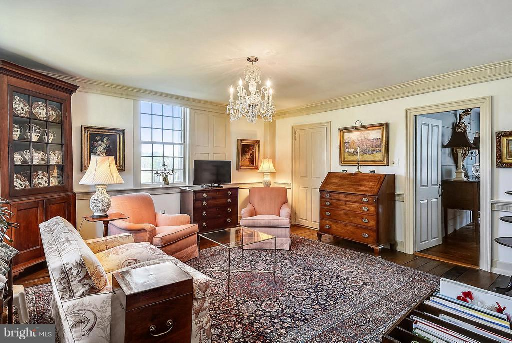 Front Parlor - 35571 MILLVILLE RD, MIDDLEBURG