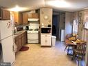 Big Eatin Kitchen! - 8601 TEMPLE HILLS RD #103, TEMPLE HILLS