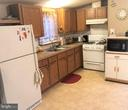 Plenty of Cabinets - 8601 TEMPLE HILLS RD #103, TEMPLE HILLS