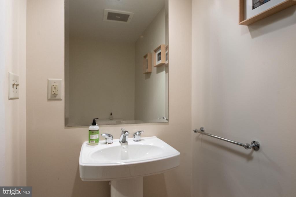 Powder Room - 912 F ST NW #500, WASHINGTON