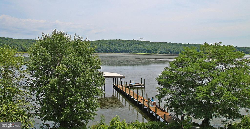 Put in your boat, kayak, canoe from the dock - 54 SHADY LN, STAFFORD