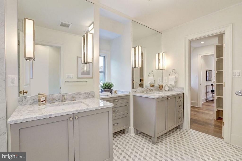 Master Bathroom - 1810 15TH ST NW #NORTH, WASHINGTON