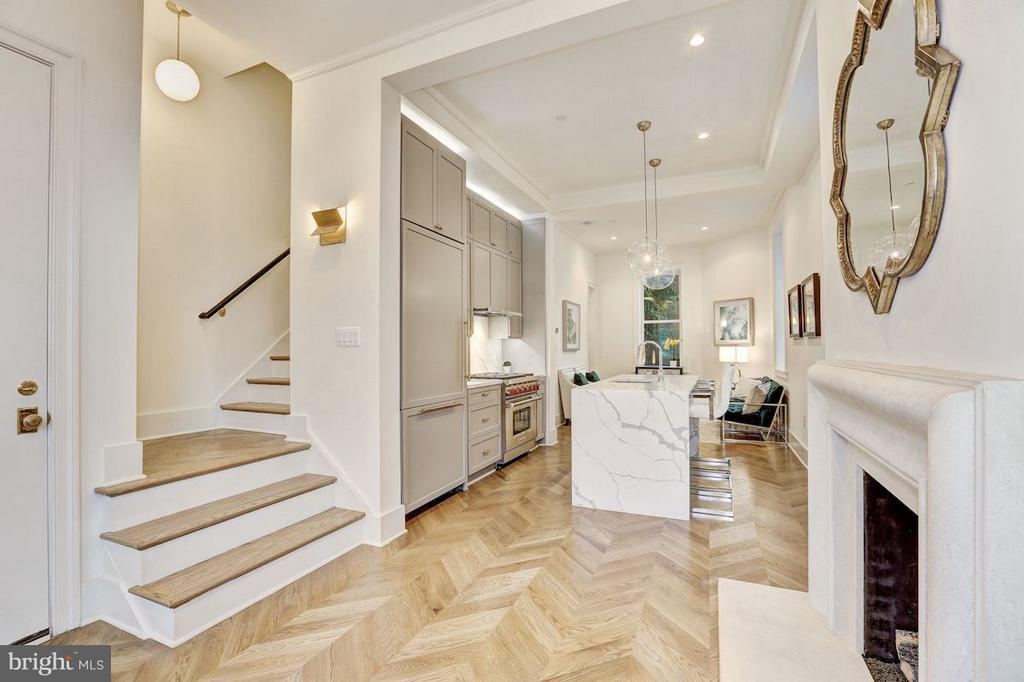 Wide Plank and Herringbone White Oak Flooring - 1810 15TH ST NW #NORTH, WASHINGTON