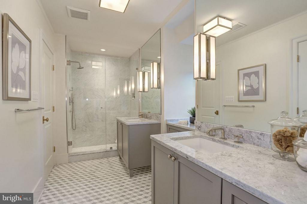 Master Shower - 1810 15TH ST NW #NORTH, WASHINGTON