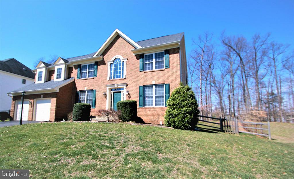 Exterior (Front) - 3747 STONEWALL MANOR DR, TRIANGLE