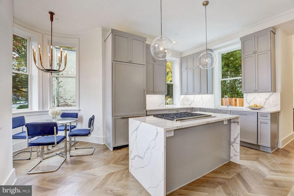 Designer Kitchen with Breakfast Nook - 1810 15TH ST NW #SOUTH, WASHINGTON