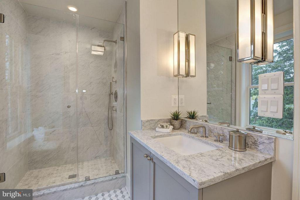 Waterworks Plumbing Fixtures Throughout - 1810 15TH ST NW #SOUTH, WASHINGTON
