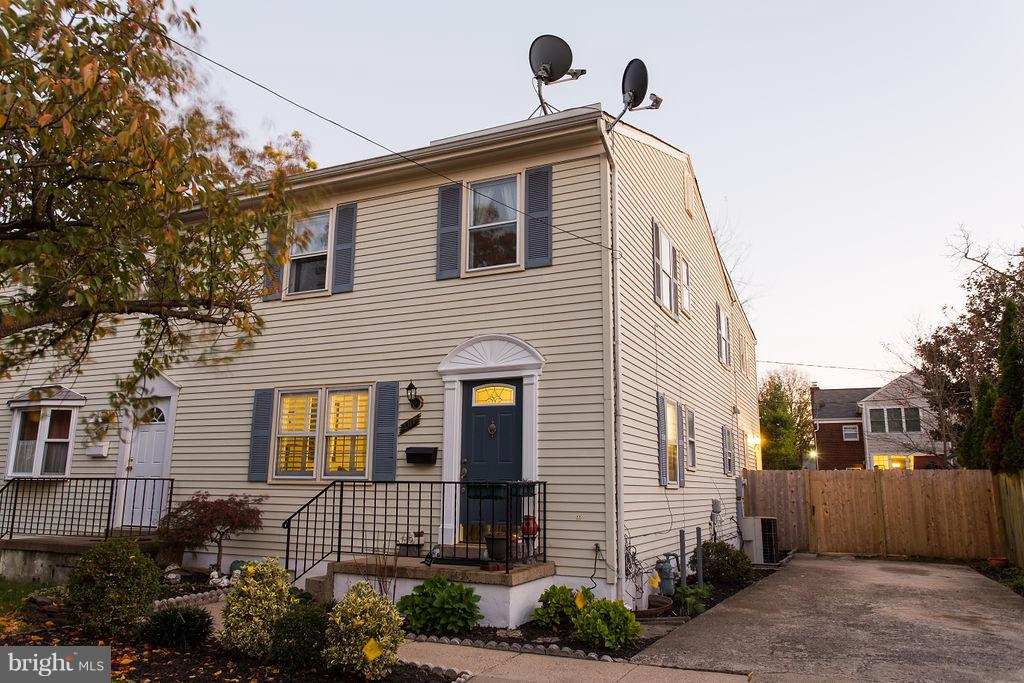 407  EAST DEL RAY AVENUE 22301 - One of Alexandria Homes for Sale