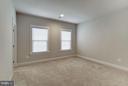 Upper Level Bedroom w/ Private Ensuite & Walk-In - 11463 CRANEBILL ST, FAIRFAX