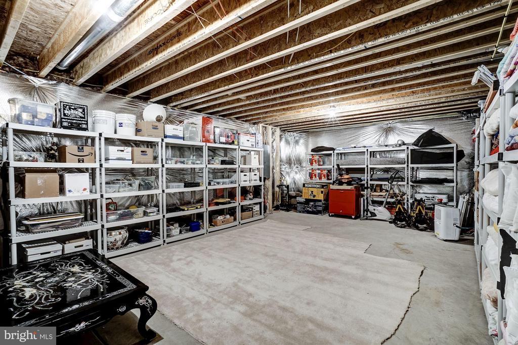 Ample Storage - 11463 CRANEBILL ST, FAIRFAX