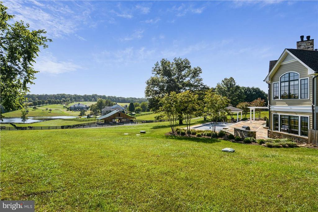 View - 20271 GILESWOOD FARM LN, PURCELLVILLE