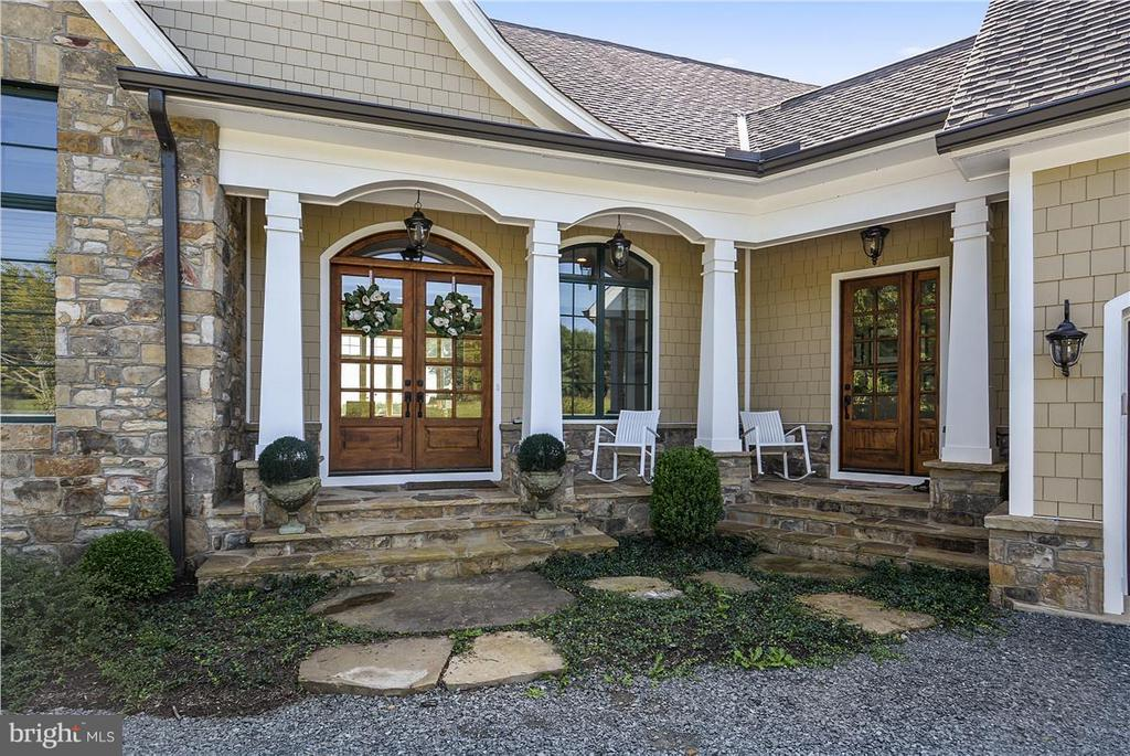Exterior (Front) - 20271 GILESWOOD FARM LN, PURCELLVILLE