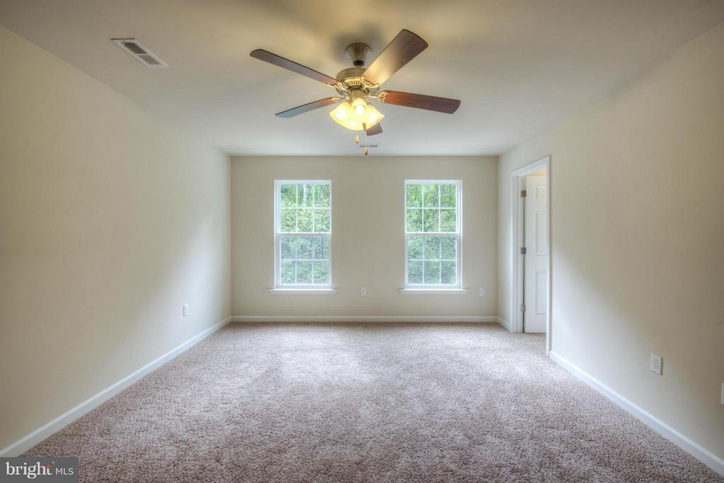 Bedroom (Master)Pictures in listing are of similar - 88 OLDE CONCORD RD, STAFFORD