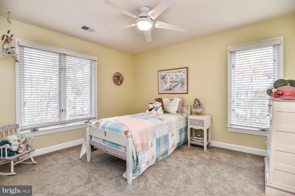 Upper Level Bedroom - 1309 STAMFORD WAY, RESTON