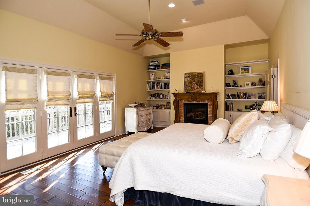 Bedroom (Master) with French doors leading to Deck - 23590 SALLY MILL RD, MIDDLEBURG