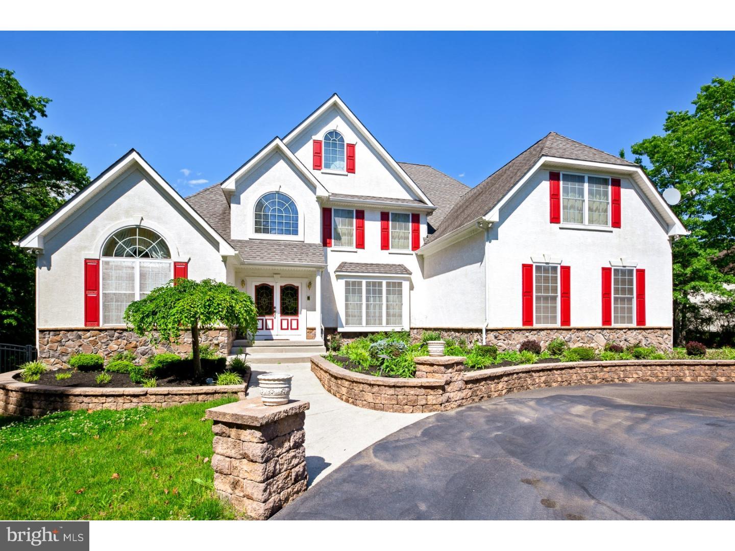 Single Family Home for Sale at 112 RUNNING DEER Trail Elmer, New Jersey 08318 United States