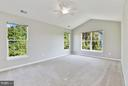 Master Bedroom w / Vaulted Ceiling / Ceiling Fan - 43616 DUNHILL CUP SQ, ASHBURN