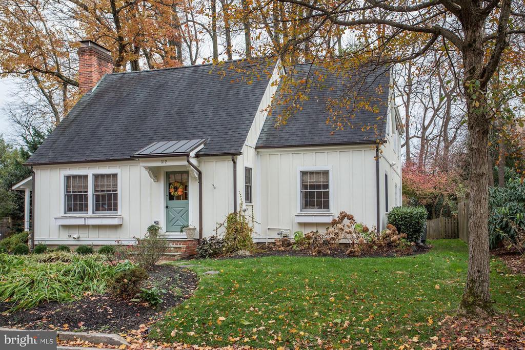 Falls Church Homes for Sale -  Farm,  312  LITTLE FALLS STREET