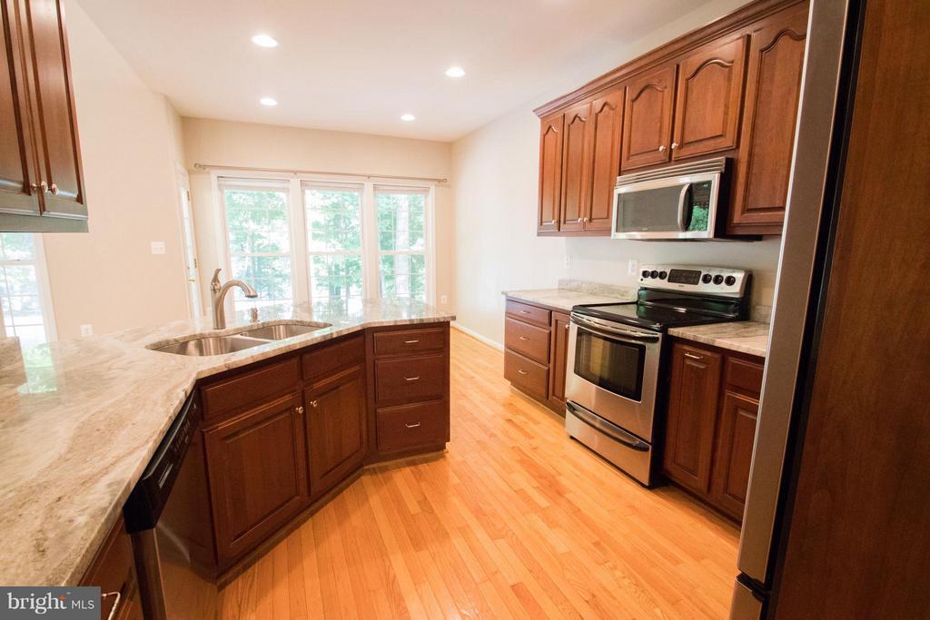 Kitchen with brand new granite countertops - 10610 WHISPERING WAY, FREDERICKSBURG