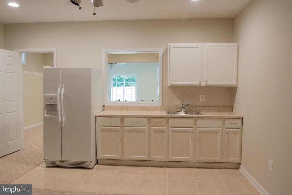 Kitchenette in the basement - 10610 WHISPERING WAY, FREDERICKSBURG