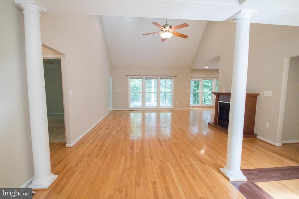 View as you enter the home - 10610 WHISPERING WAY, FREDERICKSBURG