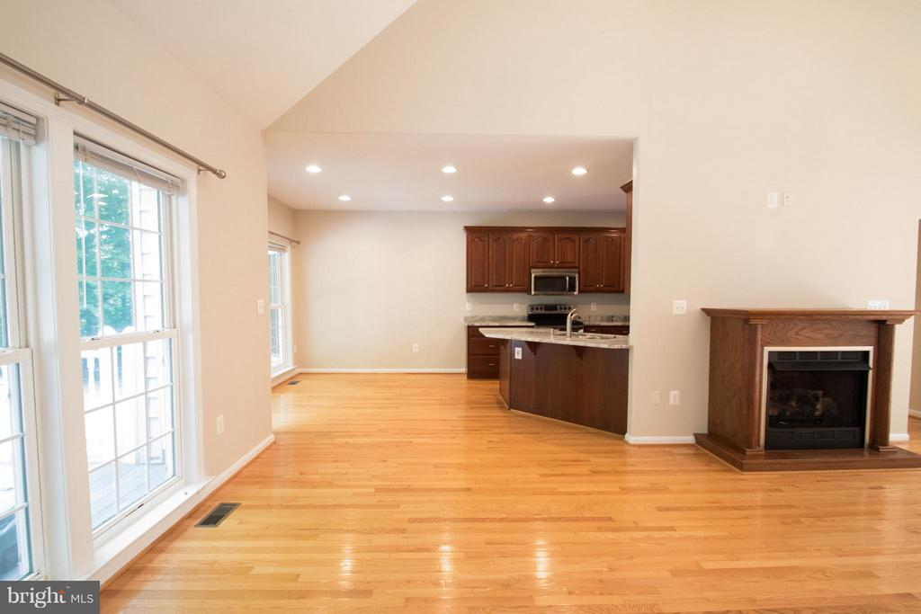 Living Room view of Breakfast area & Kitchen - 10610 WHISPERING WAY, FREDERICKSBURG